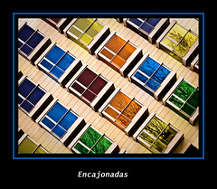 Encajonadas (Kepa_photo) Tags: windows art hotel arquitectura edificios raw arte olympus colores bilbao ventanas habitat zuiko euskalherria euskadi paisvasco 43 vital vivienda fourthirds olympuse1 digital43 livemos kepaphoto kepaargazkiak