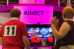 With Kinect, Microsoft Aims for a Game Changer
