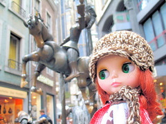 Lotte and the Puppenbrunnen
