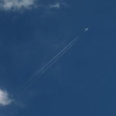 diagonale eterea (archifra -francesco de vincenzi-) Tags: italy nuvola jet cielo dedicated azzurro aereo ohhh molise isernia otw dedicatedphoto estremit archifraisernia francescodevincenzi