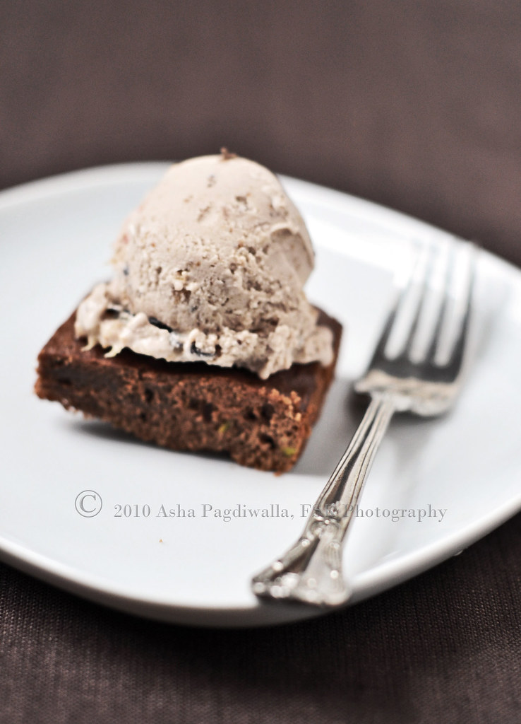 Balsamic Fig Ice cream With Chocolate cake