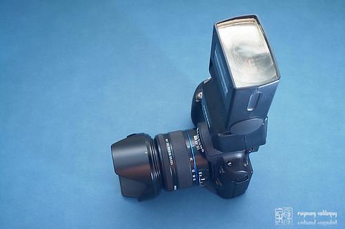 Samsung_NX10_flash_09
