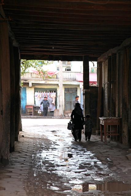 カシュガル旧市街、職人街の路地