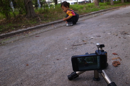 iPhone4 + SLIK三脚ミニ2