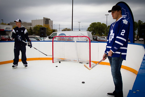 Toronto - Kick off with Toronto Maple Leafs