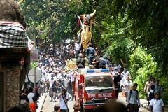 Bali 2010 - Crmonie de crmation - Ubud (subli) Tags: voyage bali vacances uluwatu singapour tirta indonesie ganga ubud kuta doha tanahlot 2010 jimbaran amed bedugul munduk soleildenpasar
