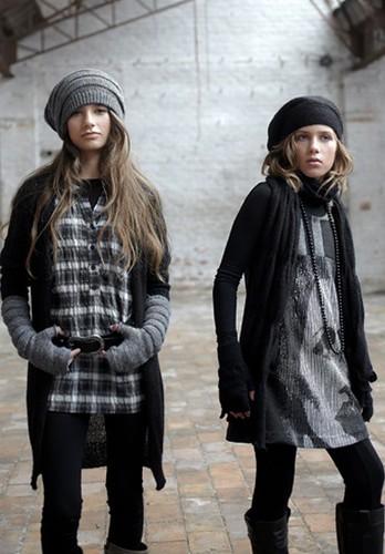 Moda infantil otoño-invierno 2010-2011, ropa para chicas jóvenes La Fée Maraboutée