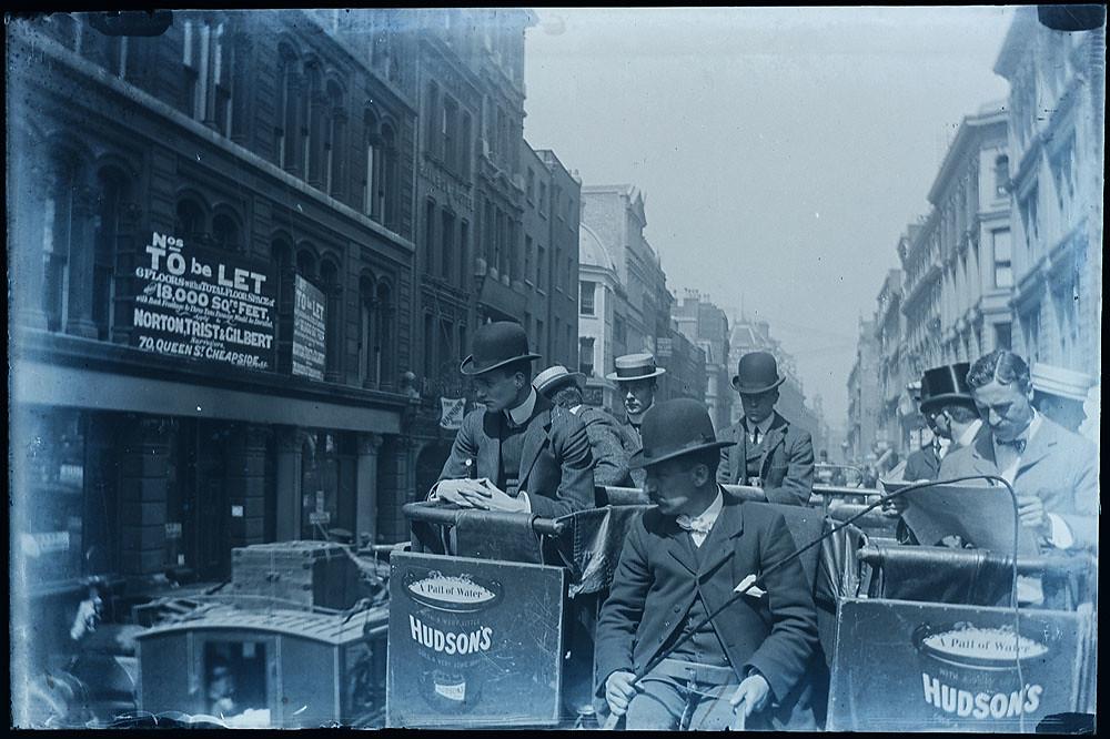 Newgate Street, London - lovely vintage street scene c. 1900