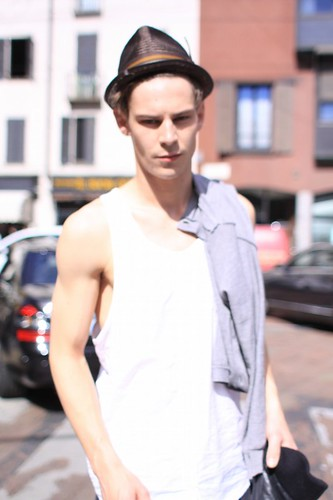 Street Snap0012_SS11 Milan_Baptiste Demay(changefashion)