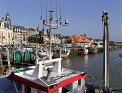 SNB10530- Trouville in Normandie France (Rolye) Tags: boats yahoo google fishing image ships samsung www images bateaux com normandie deauville trouville nv7 flickraward nv7ops rolye