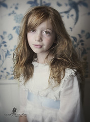 Portrait in blue (Carolyn Hampton) Tags: blue portrait redhead westcott edwardian bluegirl whitedress continuouslight bluetoile td5spiderlite
