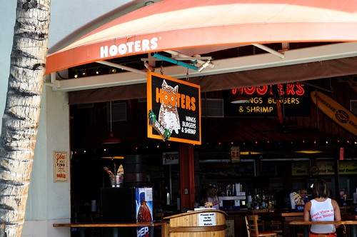 Hooters in Hawaii