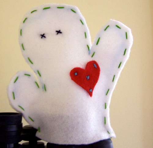 Felt Ghost with Heart