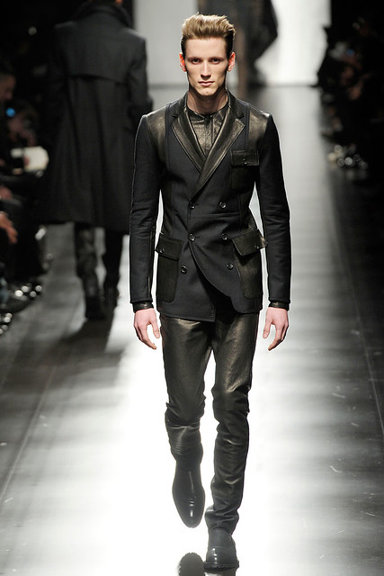 Bastiaan Ninaber3234_FW10_Milan_Z Zegna(Style com)
