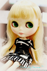 She is my blonde girl ^^