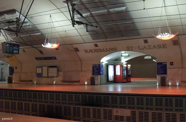 La Gare Haussmann - St Lazare est à l'image du luxe du quartier