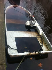 boat022 (edw@rd) Tags: amsterdam canal sunken egelantiersgracht sunkenboat canalboats