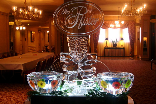 Ice Fountain at the Pfister Hotel ice sculpture