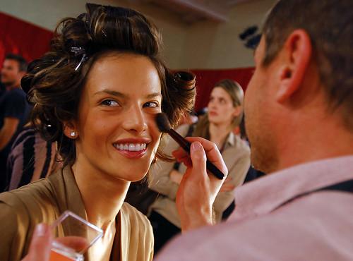 victorias secret fashion show makeup. Victoria#39;s Secret Fashion Show