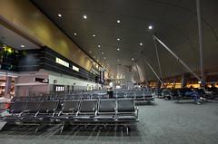 Gate Lounge @ Miami International Airport | 101129-7296-jikatu (jikatu) Tags: usa canon airport chair nikon gate published florida miami samsung mia nikkor afs wideanglezoom 1424mm nikon1424 1424mmf28 nikon1424mmf28g canon5dmkii nikon1424mmf28gedafs baikovicius salaembarque