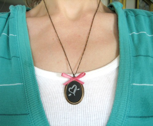 chalkboard necklace diy - finished & modeled