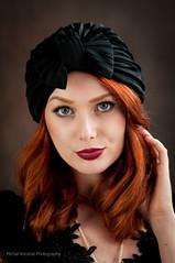 look at me (MichalKondrat) Tags: migawka portret vilmarouge lampa 100plenermigawki błysk modelka strobbing kobieta monikadmochowska migawki modelki błyskanie rzeźnia stararzeźnia studio 100 plener stara d300s
