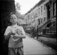 owen-6 (devon cummings) Tags: blackandwhite 6x6 film brooklyn zeiss mediumformat trix ikon oldcamera nettar blackwhitephotos