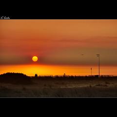 Ocaso de verano / Summer sunset (A.González) Tags: sunset sun sol beach portugal angel atardecer twilight nikon playa ocaso 18105 viladoconde d90 angelgonzalez agiz3 gettyiberiasummer