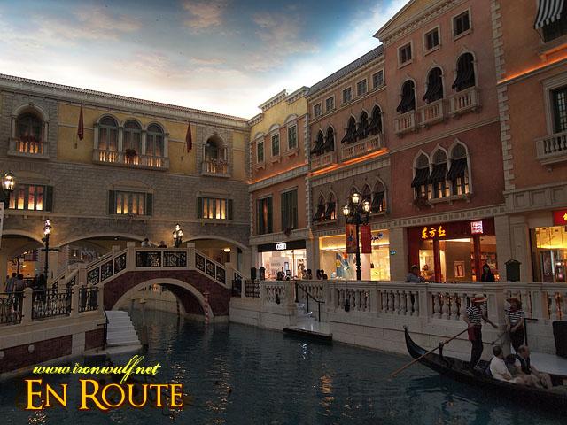 Like a scene from Venice