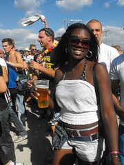Black Beauty (Luelle2009) Tags: city party summer girl beauty germany fun stadt loveparade 2010