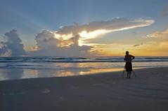 Wake Up in Daytona Beach (Thierry Jung) Tags: sea summer sun mer beach clouds sunrise soleil sand nikon florida sable daytona nuage plage 18200 gitzo ete aurore floride d300