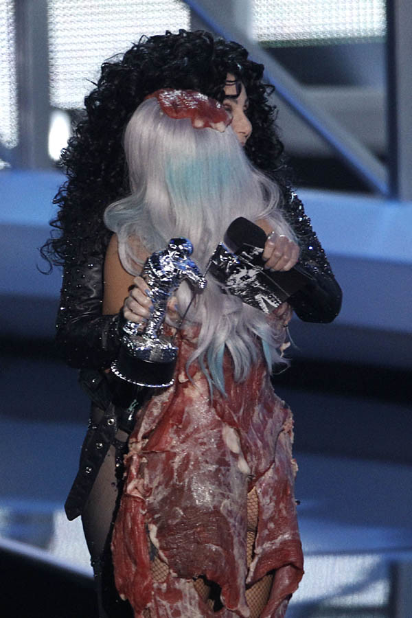 Lady Gaga MTV VMA 2010 04