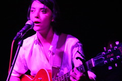 Sharon Van Etten (MaxBlau) Tags: music oneday epic foryou 529 eav songwriter marissanadler eastatlantavillage saveyourself sharonvanetten