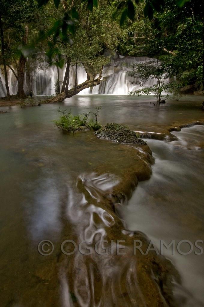 Ilocos Norte - Kaangrian Falls Water Pathways