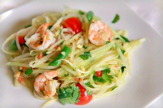 Green Papaya Salad 550 edit