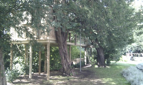 Tree House Prestbury  Image 8