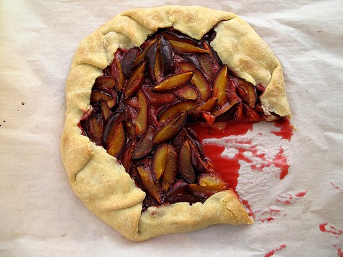 plum crostata 2
