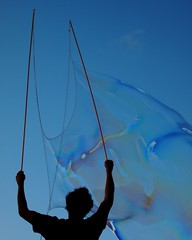 The bubble maestro (Darwin Bell) Tags: sanfrancisco blue sky soap bubbles dolorespark soapbubbles sfist mywinners