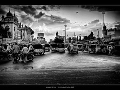 Indian Market (Sebastian (sibbiblue)) Tags: camera people blackandwhite bw india storm weather nikon market streetlife menschen tuktuk hyderabad publicmarket charminar incredibleindia nikond40 cityofpearls multirawprocessing