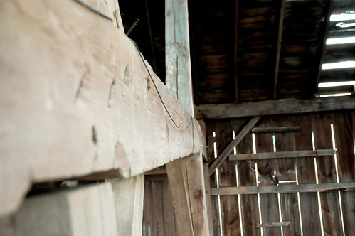 barn_beams