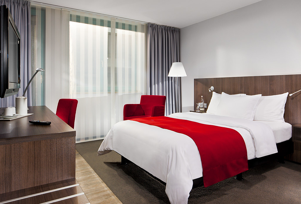 Superiorkategorie, Mercure Hotel Duesseldorf Hafen