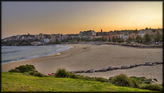 Sunset at Coogee (onemadgooner) Tags: ocean canon boats sand sydney australia getty hdr coogee 50d bbeach