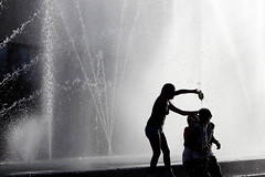Shadows (Gerardography) Tags: blancoynegro water canon mexico fun 50mm agua amor teens guadalajara happiness ombre contraste felicidad fountains f18 18 juego fontaine fuentes sombras baño adolescentes 500d mojados bañandose mojandose fuentesfountains t1i
