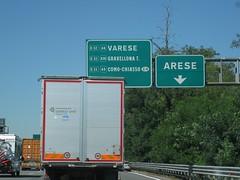 ch 927 (European Roads) Tags: road italy highway italia motorway milano freeway varese 2x4 a8 autostrada malpensa stazioni toce a26 gallarate arese i lainate corsie gravellona pedaggio