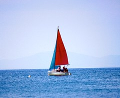Red Sail on a Black Sea (Go 4 IT) Tags: sail kit 365 amateur k7 photohobby kitlenses flickraward flickrbronzeaward beautifulshot lensespentax pentaxk7 doublyniceshot flickrbronzeawardgroup flickrsgottalent mygearandme bestchoice photohobbylevel1 photohobbylevel2 photohobbylevel3 evghenitirulnic