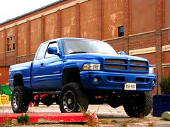 Lifted Dodge Ram (MSVG) Tags: 2001 blue 2002 toronto ontario canada 2000 lift 1996 1999 98 94 99 01 02 dodge 1997 1998 kit 1995 1994 ram 95 1500 00 97 2500 96 lifted worldcars