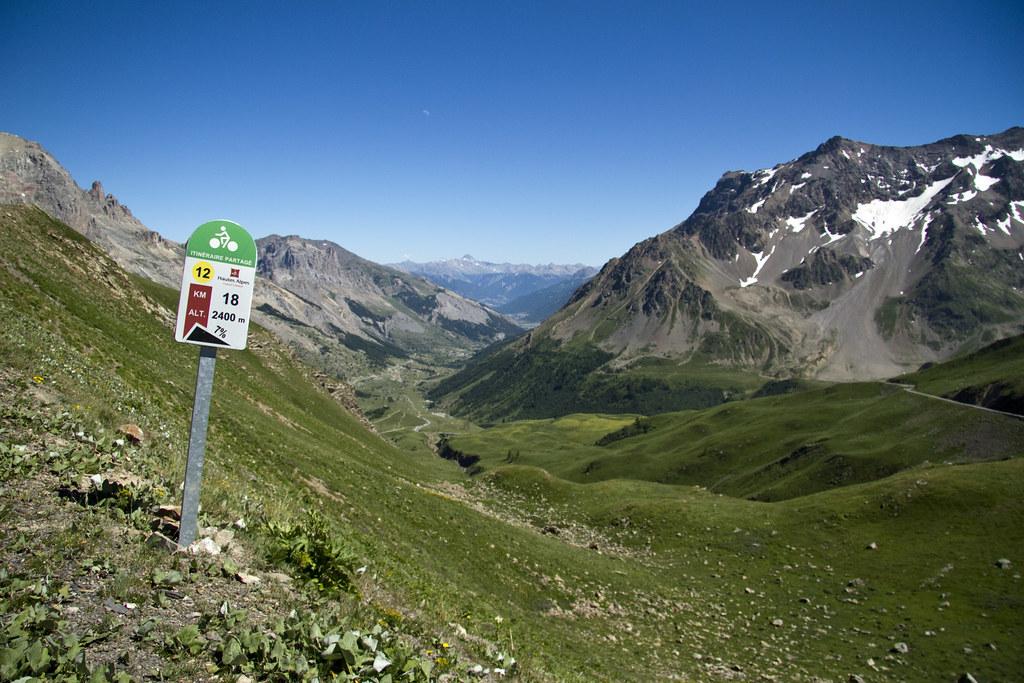 Le Galibier, 2400 m.