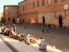 Vor dem Dom von Siena