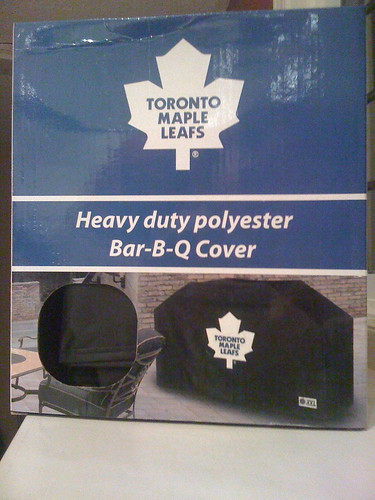 This is Exclusive Content, Folks - the box that my Toronto Maple Leafs Barbecue Cover came in