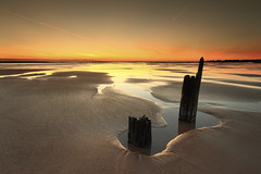 Blyth (Alistair Bennett) Tags: seascape beach sunrise coast northumberland posts blyth canonefs1022 gnd075he bloodycontrailsvapourtrails